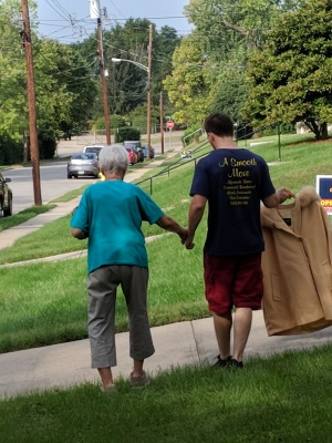 4 Packing Tips for Relocation to Assisted Living